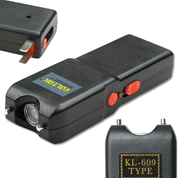 Stun Gun With Led Light & Build In Charger