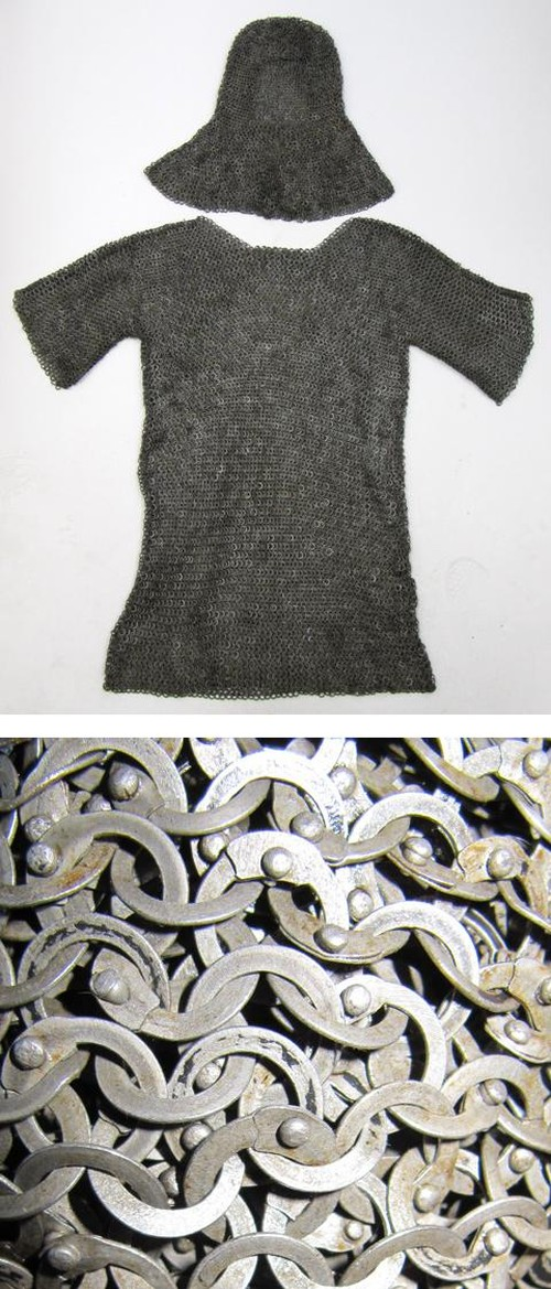 Chainmail Shirt with Cowl, Riveted, Oil Finish