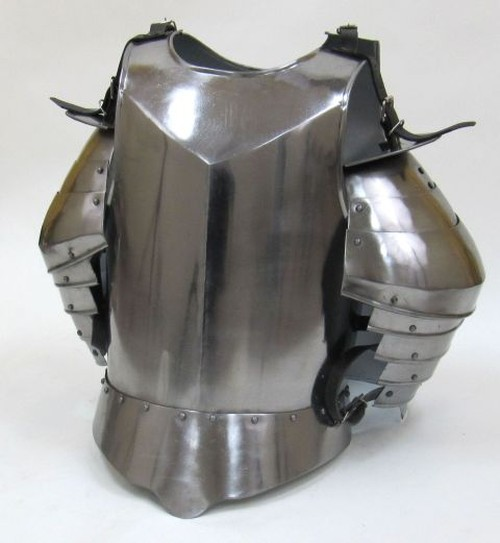 Medieval Suit Of Armor Breast Plate and Shoulders