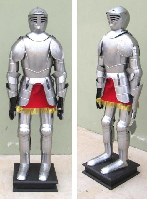 Full Suit of Armor with stand, Etched